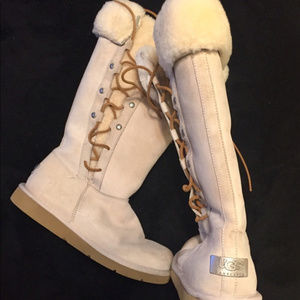 Authentic UGG BOOTS, Upside Side Lace Up, size 8